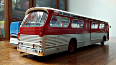 Hachette GMC New Look Bus Model (4) (Alexander Ly) Tags: ttc toronto transit commission hachette collection france montreal montrealnord nord quebec canada ontario gm gmc gmdd new look bus autobus fishbowl tdh5301 old vintage city vieux scale model modele reduit