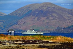 HMS Hurworth (Zak355) Tags: royalnavy minesweeper minehunter hmshurworth hmspembroke ship boat riverclyde shipping bute rothesay isleofbute scotland scottish m39 m107 navy exercise