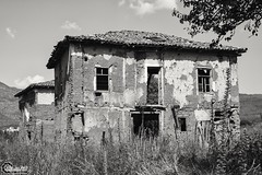 Koresteia #01 - Kranionas #01 (CyberDEL1) Tags: μακεδονία ελλάδα κορέστεια κρανιώνασ macedonian macedoniatimeless macedonia macedoniagreece greece hellas koresteia kranionas ruins abandoned decacy samsungnx1 samsungnx1650228s