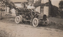 1905 Ford Model C ( Built at Walkerville Ontario ) 1 of 117 of the 1st Ford cars built in Canada starting Oct 10 1904 (vinnyvrg) Tags: 1905 1904 modelc rppc glencoe simcoe london ford walkerville windsor siddall license ontario canada canadian burdick 1908 glencoeontario fordmodelc turner leatherlicense fordofcanada walkervilleontario 1905ford