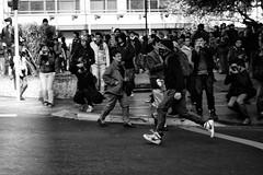 Santiago de Chile (Alejandro Bonilla) Tags: santiago chile street city urban bw black monocromo monocromatico blancoynegro bn blackandwhite blanconegro reginmetropolitana
