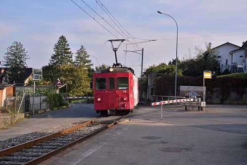 Travys De 4/4 railcar heading to the Orbe Depot