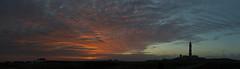 Couch de soleil sur la mer d'Iroise sous l'oeil bien veillant du phare du Crach (Pat APIN) Tags: ouessant iroise mer phare crach ile couch soleil finistre penarbed bretagne lampaul ciel rouge cte