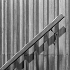 Simplicity (devos.ch312) Tags: lines shadows playoflines playofshadows balustrade railing wood woodjoinery aluminum archtecture detail minimalism diagonal textures