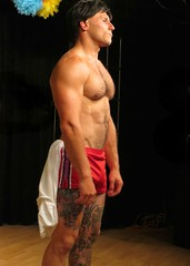 IMG_0429 (danimaniacs) Tags: red shirtless man hot pecs muscle muscular chest hunk shorts abs mansolo chicosangels peterrison