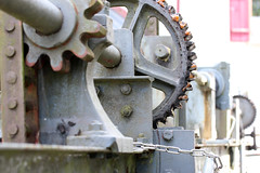 Méchanique celeste (gripspix (OFF)) Tags: detail gear technique mechanik weir wehr zahnräder dornhan leinstetten foolingwiththecam 20150912