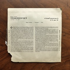 Backside Tchaikovsky - Violin Concerto op.35 - Ricardo Odnoposoff Violin, Ned. Phil. Orch., Walter Goehr, MMS-34, 10 inch (Piano Piano!) Tags: art notes vinyl cover lp record disc sleeve hoes gramophone liner vynil disque schallplatte plaat 10inch hulle grammofoon waltergoehr tchaikovskyviolinconcertoop35ricardoodnoposoffviolin nedphilorch mms34