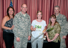 Key Spouse_19 (vanceafb) Tags: vanceclub wassonterry annual keyspouseluncheon unitedstates oklahoma vanceairforcebase community partnership keyspouse airforce 19thairforce aireducationandtrainingcommand 71stflyingtrainingwing family support spouse jamesdarren colonel commander leadership smile airmen aviation military pilottraining chief commandchief amanmark award