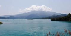 IMG_9970.jpg (Idiot frog) Tags: blue eos sunmoonlake lake sky cloud water nantou 5d2 green canon taiwan 5dmk2 white éæ± é èºç£ç å°ç£ tw
