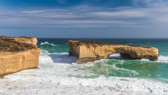 London Bridge has fallen down (Howard Ferrier) Tags: oceania rock victoria southwest waves limestone portcampbellnp australia londonbridge ocean southernocean coast cliff sedimentaryrock
