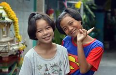 pretty sisters (the foreign photographer - ) Tags: jul192015nikon pretty sisters two khlong bang bua portraits bangkhen bangkok thailand nikon d3200