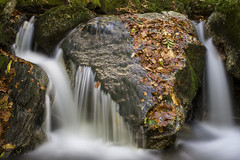 Waterfall (Mathieu Calvet) Tags: pentax k3 sigma35art 35mm nd8 casacde waterfalle eau water automne autumn languedocroussillon hrault hautlanguedoc trpied tripod manfrotto