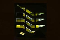 Escaliers de nuit (Pi-F) Tags: escalier cage jaune lumire zigzag nuit barcelone moderne batiment
