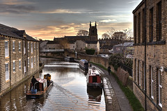 Leeds Liverpool Canal Skipton (717Images) Tags: canal leeds liverpool waterway boat barge evening yorkshire skipton