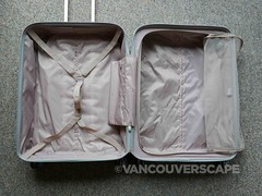 Delsey Caumartin spinner-3 (Vancouverscape.com) Tags: 2016 caumartinspinner delsey vancouverscape contests luggage travel