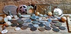 چگونه گنج های مدفون در دل زمین را بیابیم؟ (وبگردی) Tags: آموزش باستانی حفر دستگاهفلزیاب راهنما روش زیرخاکی زیرزمین شکار عتیقه فلزیابی قدیمی گنج گنجیاب نقشه