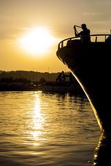 Desde proa (javipaper) Tags: sunset sea puerto atardecer mar reflejo puestadesol cantabria santoña serenidad cantábrico