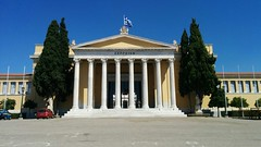 IMG_20150911_124333 (paddy75) Tags: athene vlag griekenland zappeion
