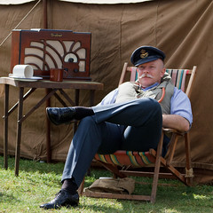 Relaxing between sorties (Paul Braham Photography) Tags: ariel bike wwii motorbike duxford airforce reenactors raf imperialwarmuseum iwm waaf wraf