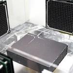 三次元音響浮揚による搬送法の写真
