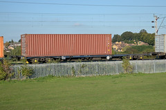 92611 Kingsthorpe 011015 (Dan86401) Tags: 92611 rls92611 92 kfa freightliner fl intermodal modal container flat wagon freight railease rls standardwagon gerailservices wilsonscrossing kingsthorpe northampton wcml 4m87