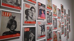 20151113_155653 (So_P) Tags: life paris magazine de photography photographie exhibition exposition cover philippe paume jeu couverture halsman