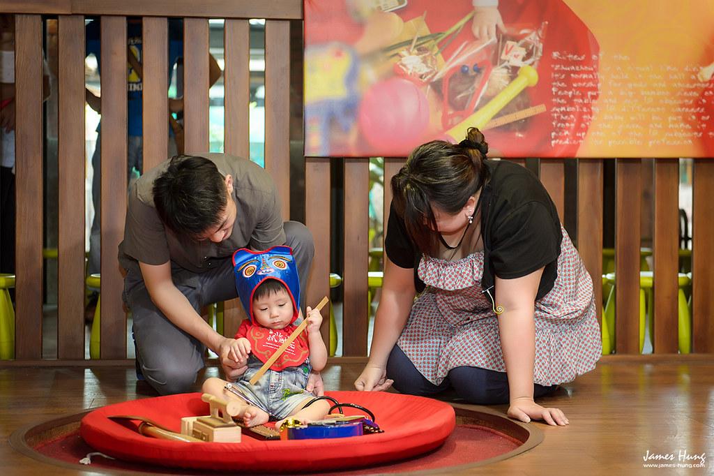 兒童抓周,兒童寫真,兒童寫真價格,子攝影,全家福合照,兒童抓周攝影寫真,親子寫真,兒童戶外寫真,宜蘭傳統藝術中心