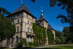 Castle (Infomastern) Tags: alnarp alnarpsslott autumn castle hst slott