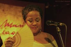 Mandy Gaines (Natali Antonovich) Tags: mandygaines jazz themusicvillage brussels portrait singer sweetbrussels belgium belgique belgie fan mood