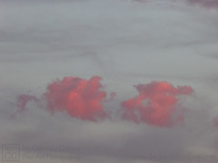 Clouds of Love and Passion (4) (byGabrieleGolissa) Tags: fineartphotography kunstfotografie kunstphotographie fotokunst photokunst foto fotografie fotographie handsigned himmel photo wolken clouds handsigniert limitededition limitierteauflage numbered nummeriert photography skies sky liebe leidenschaft rot love passion red lila lilac wolke