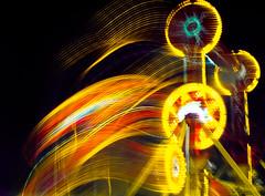(bozzobelen) Tags: themepark night longexposure canong12