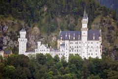 Neuschwanstein 3 (fotomnni) Tags: schlos schlosneuschwanstein neuschwanstein allgu knigludwig architektur bayern bavaria manfredweis