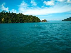 From Pattaya Thailand  #Toomany Pharang  #Happy  to  see you in Pattaya (Takadanobaba Kurazawa) Tags: happy toomany kopkunhkap kopkunhka thailande beach fromboat island pattaya betterthangood blue saiba koh les paristoomanypharang toomanydj 2016 november tha boat