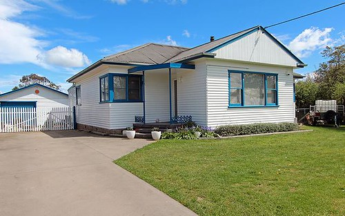 12 Suttor Road, Moss Vale NSW 2577