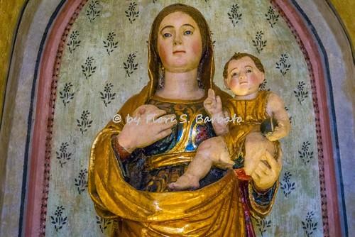 Sant'Angelo dei Lombardi (AV), 2016, Cripta della Cattedrale: statua della Madonna delle Grazie.