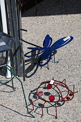 Dragonfly and Ladybug (Dragonize) Tags: brightonfineartandfolkmusicfestival metalsculpture