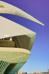 Queen Sofa Palace of the Arts | Valencia, Spain (beune casta) Tags: valencia valence spain espagne espaa artes reina sofia modern moderne futurist queen arts sciences music beune beunephotography architecture building sky