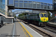 217 passes Portlaoise, 18/8/15 (hurricanemk1c) Tags: irish train gm rail railway trains railways irishrail 201 217 generalmotors portlaoise 2015 emd iarnród éireann iarnródéireann 1500heustoncork