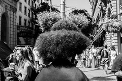Untitled (kenwalton) Tags: america california flora hairstyle market marketst marketstreet northamerica photography plant plants sanfrancisco street streetphoto streetphotography streets tree usa unionsquare unitedstates unitedstatesofamerica urban vegetation streetphotographer