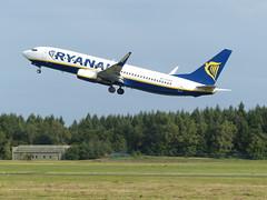 Boeing 737 Ryanair (TrickyMartin2006) Tags: airport aircraft ryanair flugzeug weeze nrn