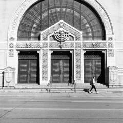 Rodef Shalom Synagogue (Matt0513) Tags: white black 120 tlr film temple oakland kodak tmax synagogue jewish medium format 100 vb shalom congregation deadpan rolleicord rodef