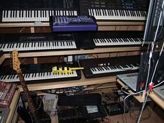LP158667 (LoxPix2) Tags: boss music studio guitar fender synth roland korg yamaha emu gibson akai novation alesis kawai maudio behringer kurzweil teisco ensoniq tapco rogerlinn loxpix