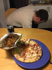 Middag 20/11 (Atomeyes) Tags: chips pizza mat l bungan rotfrukter