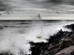 Bengal Breaching Beach: Fly into Sky (Raj the Tora) Tags: sea beach water bay bengal splashing bayofbengal seawater splashingwater watersplashing wavessplashing splashingwaves beachbreach