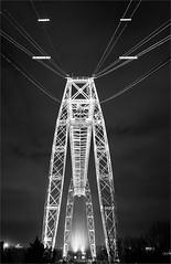 Pont transbordeur de ROCHEFORT. (Gycessé) Tags: longexposure nightphotography france monochrome noiretblanc rochefort longueexposition charentemaritime poitoucharentes photodenuit ponttransbordeur structuremétallique