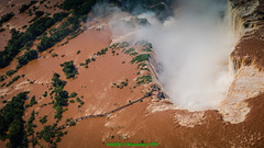 Puerto Iguaz, AR: Garganta del Diablo (Devil's Throat) viewed from the air at Iguassu Falls (nabobswims) Tags: brazil argentina waterfall br ar cataratas misiones lightroom devilsthroat gargantadeldiablo fozdoiguau iguassufalls nabob iguazfalls cataratasdeliguaz puertoiguaz gargantadodiabo nabobswims