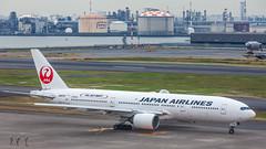 JAL JA007D plb22-1539 (andreas_muhl) Tags: 5dmark2 777200 hnd ja007d jalskynext sondersticker boeing aviation aircraft airplane planespotting haneda japan tokio