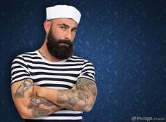 Sesion Fotografiaca con Raul Bustos. (iruizga) Tags: tatuaje tatto marinero gorro modelo model retrato portrait canon50mm14 50mm14 50mm