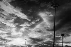 (hokkeiv) Tags: nikon d810 fx nikkor 50mm f14g sky cloud