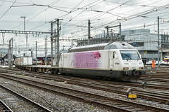 BLS Re 465 017 'railCare Pink Panter', Geneve, 15-8-2014 (mch68) Tags: bls bernltschbergsimplon electriclocomotive europe genf genve rail re465 schweiz switzerland zwitserland